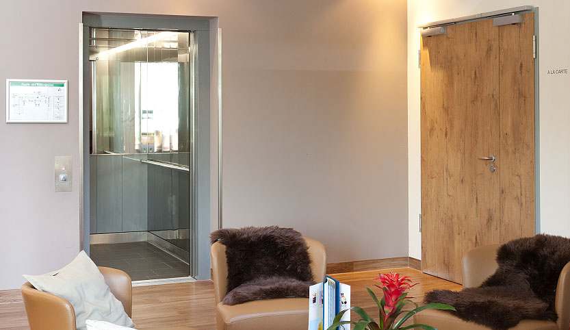Aufzug Warmbad Hotel Sante Royale