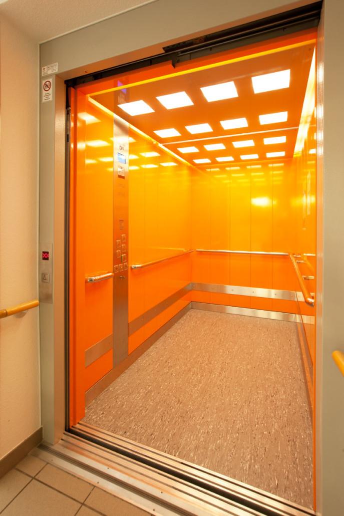 Aufzug im Seniorenzentrum Zschopau innen